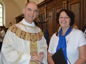 Diözesanvorsitzende Edeltraud Hann mit Bischof Dr. Franz Jung